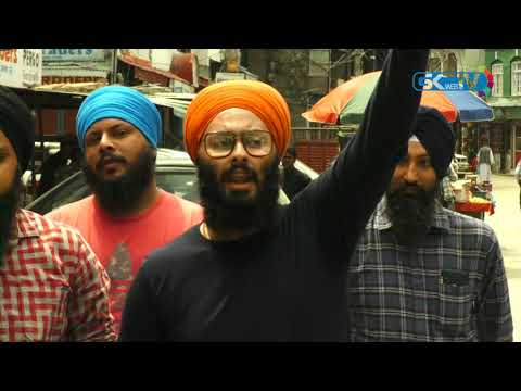 Kashmiri Sikhs march against beating of Sikh driver in Delhi