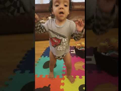 Mo's First Steps