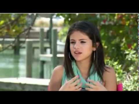 Selena Gomez Talks about Spring Breakers - ETOnline (Part 2)