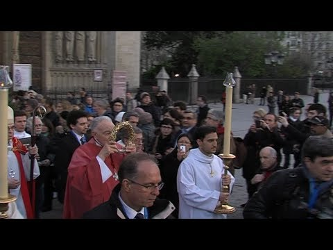Vêpres et procession de la Couronne d'Epines