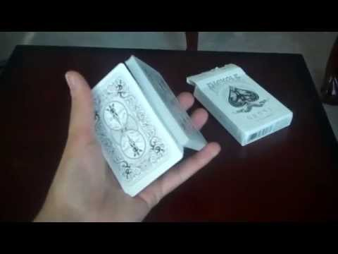 How to Cut a Deck of Cards with One Hand // Charlier Cut // Tutorial