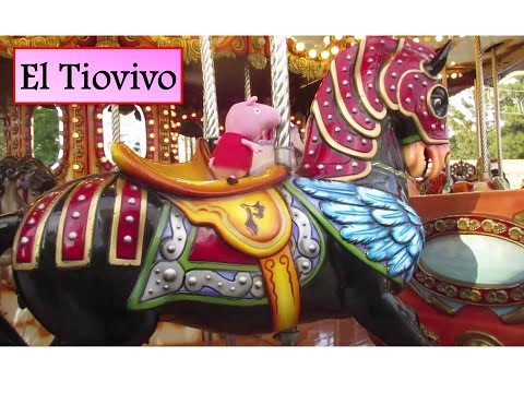 Peppa Pig monta en el Tiovivo de la feria 🎠| Vídeos de Peppa Pig en español
