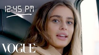 Inside Taylor Hill's Day at Fashion Week | Vogue