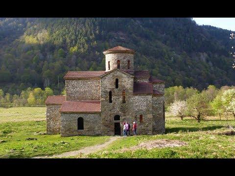 Современные фасады церквей