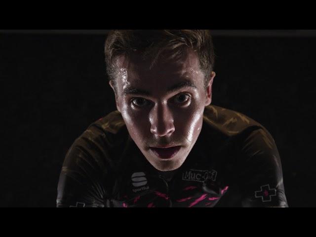 Видео Спрей от пота Muc-Off Sweat Protect 300 мл