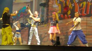 """DJ Bobo Mystorial Tour in Leipzig """"Take Control"""" mit Aneta Sablik"""