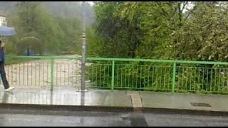 preview picture of video 'Povodně 2010 - Rožnov pod Radhoštěm (1)'
