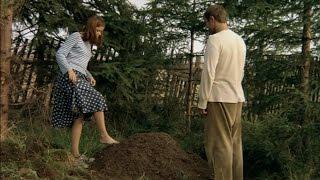 """в саду, у муравейника...(один из эпизодов фильма """"Сад"""" )"""