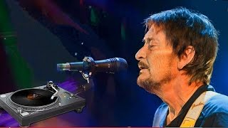 Chris Rea.... magic melancholy...