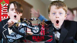 WWE Slamcycle Bash! Ethan and Cole WWE Superstar Showdown!