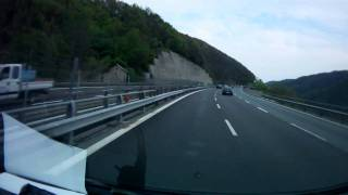 preview picture of video '2011April Highway near Genova (Italy)'