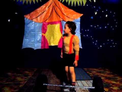 El Circo, el Forzudo