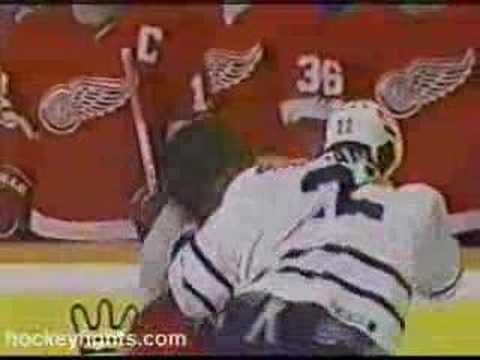 Ken Baumgartner vs. Bob Probert