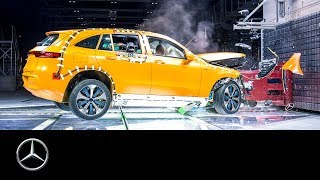 YouTube Video AXMOV8oVRg0 for Product Mercedes-Benz EQC Electric Crossover (N293) by Company Mercedes-Benz in Industry Cars