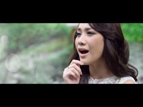 """""""Tundukkan dunia"""" OST 3 Srikandi - Bunga Citra Lestari"""