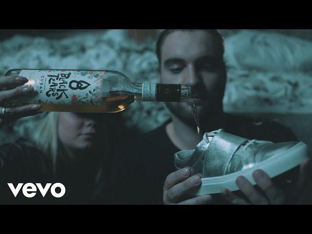 CLMD – Stronger ft. Davion Farris, Farah Ash