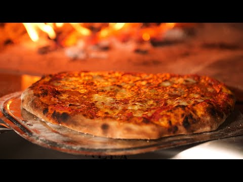 Alfa 4 Pizze Woodburning Outdoor Pizza Oven Overview