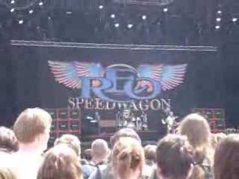 REO Speedwagon<br>Ridin' The Storm Out