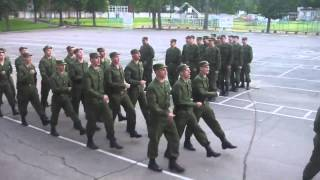 Russian soldiers perform US army song