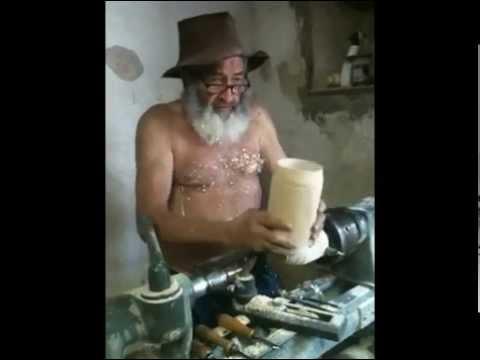 Barba Guèra - ARTIGIANATO VALSTRONA - BOCCALI BIRRA