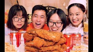 【盗月社】深夜卧室吃播:高考第一夜!6斤炸鸡+肥宅快乐水+啤酒薯条+大蒜头