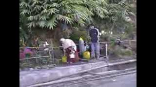 preview picture of video 'Steam in India 2005 -- Darjeeling Himalayan Railway Part 1'