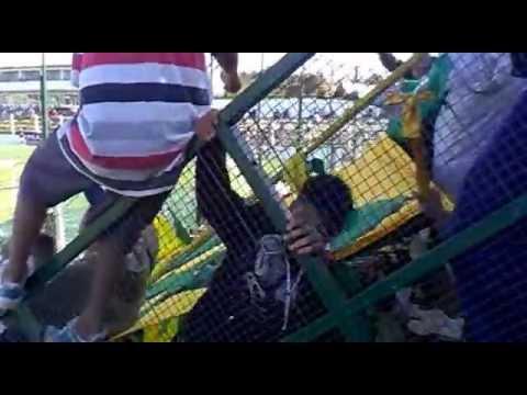 """""""defensa y justicia hinchada 2012"""" Barra: La Banda de Varela • Club: Defensa y Justicia"""