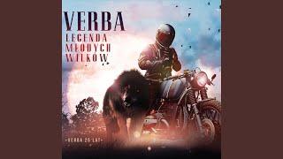 Kadr z teledysku Stań po stronie brata tekst piosenki Verba