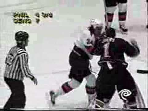 Ray Emery vs. Josh Gratton
