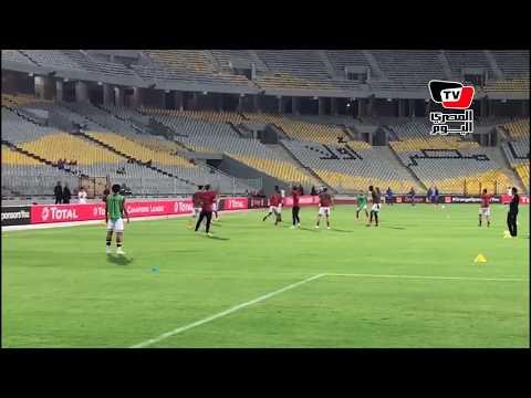 جماهير الأهلي تشعل حماس اللاعبين بالهتاف لهم.. واللاعبون يردون التحية