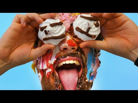 CAKE MY FACE CHALLENGE