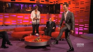 Бенедикт Камбербэтч, Benedict Cumberbatch does Beyonce's 'Crazy in Love' Walk - The Graham Norton Show on BBC America