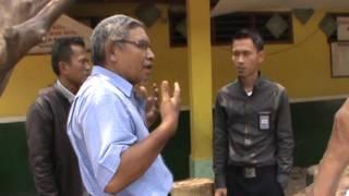 Anggota Dewan Komisi X DPRIRI  Meninjau Gedung Sekolah Roboh SDN 04 Mangunjaya Tambun Selatan