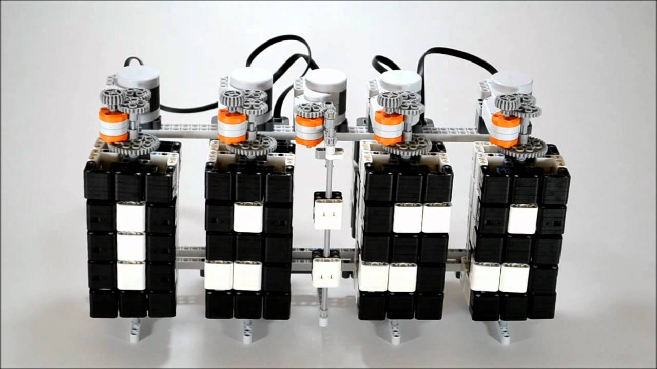 LEGO Digital Clock Reminds You How Much Time It Took To Build