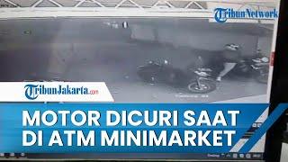 Seorang Remaja Jadi Korban Pencurian Motor saat Ambil Uang di ATM Sebuah Minimarket, Terekam CCTV