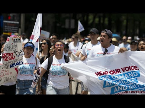 #FamiliesBelongTogether: Thousands march against Trump immigration policy