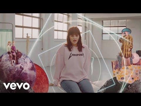 Martina Attili Cherofobia Official Video