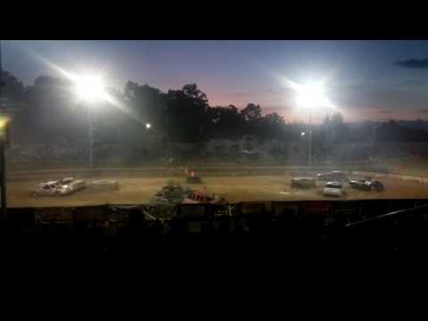 Oakland County Fair R.W.D Modified Off Road Derby