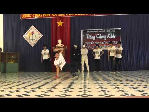 Các bạn trẻ trường PTTH Lê Lợi Kon Tum nhảy BreakDance khá đẹp, chất vãi mọi người ạ