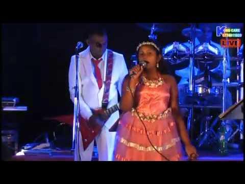 mall goomariya new song