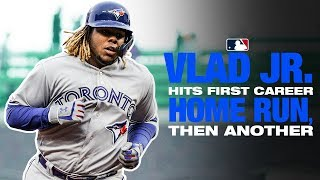 Vlad Jr. crushes his first two career homers vs. the Giants