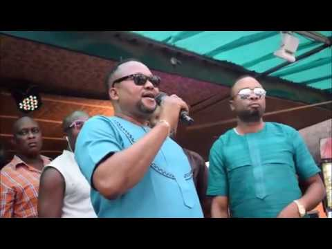 Akobe 10 Years Live on Stage Full Edo Music Video - Youtube