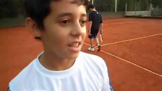 preview picture of video 'Gabriel Garro, Ganador del torneo relámpago de mini tenis'