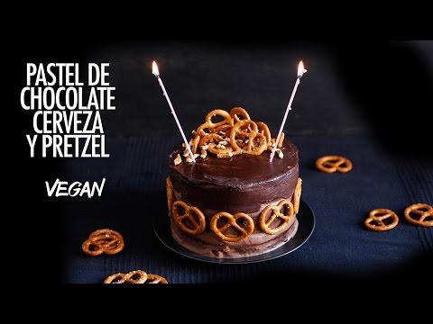 PASTEL DE CHOCOLATE, CERVEZA NEGRA Y PRETZEL. VEGAN!!