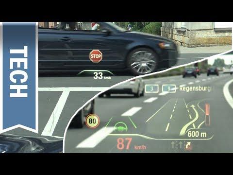 BMW Head-Up Display mit komplexen Grafiken, Stoppschild Warnung und Navigationsanweisungen (BMW X3)
