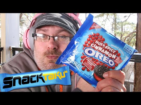 Snacktaku Eats Hot And Spicy Cinnamon Oreos On A Very Cold Day