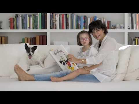 Watch videoSíndrome de Down: Calendario Talita 2010