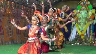 Gananayakaya group dance
