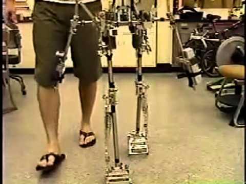 Steve Collin_s Passive Dynamic Robot