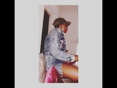 Watch Simi sing Adekunle Gold's 'IRE'